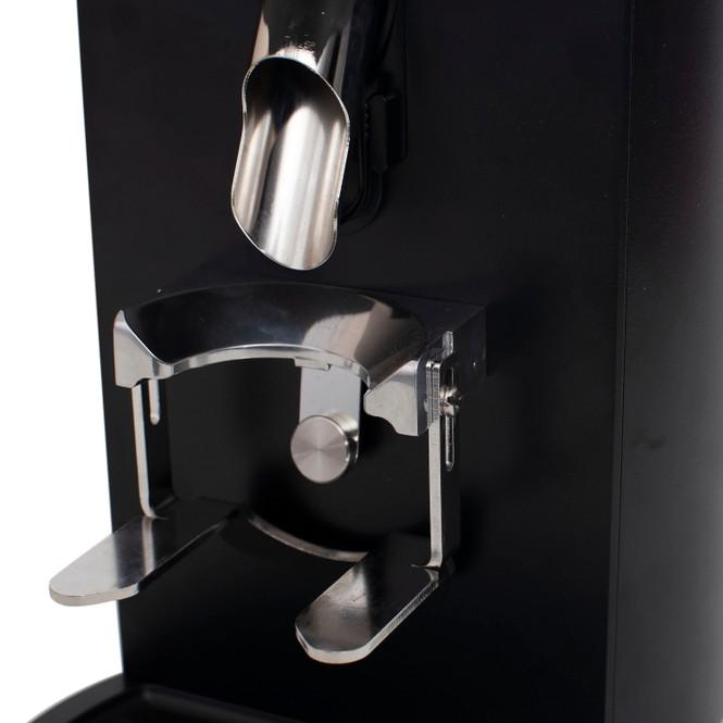 Mahlkönig E65 espresso grinder chute and portafilter holder