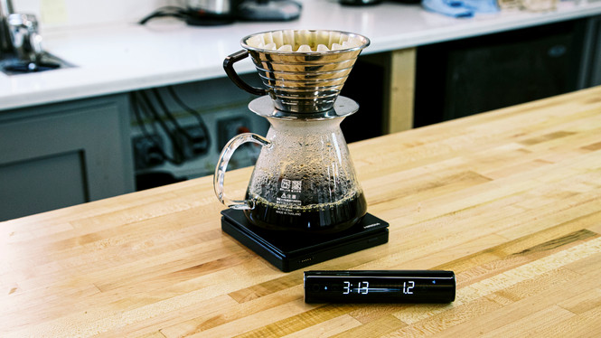 Hiroia Jimmy scale pour over setup