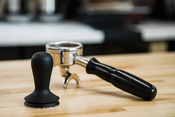 USED - EXCELLENT | Barista Hustle Tamper with Case - 58.4 mm