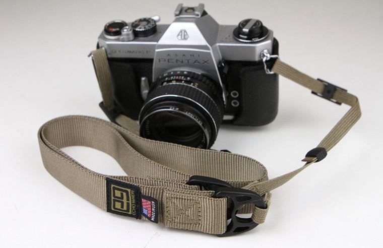 E9 OS Camera Strap