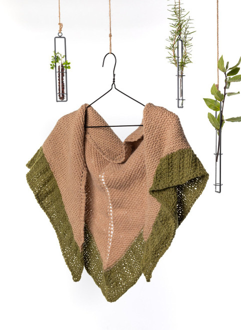 Ashlyn Triangle Shawl Yarn Vibes 100% Organic Knit Kit
