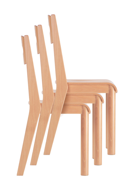 Item: GA0246902. (32x28x31/60h cm) Stackable chairs