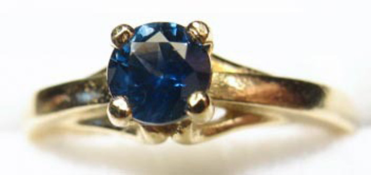 Montana sapphire 4.5mm 4 prong ring 14K yellow gold