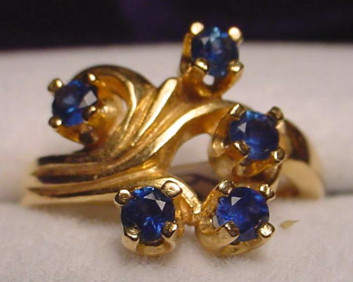 Montana sapphire 5 stone fleur ring blue 10K yellow gold