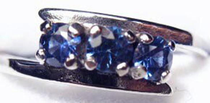 Montana Yogo Sapphire Bypass Band Ring 3 stone10K white gold