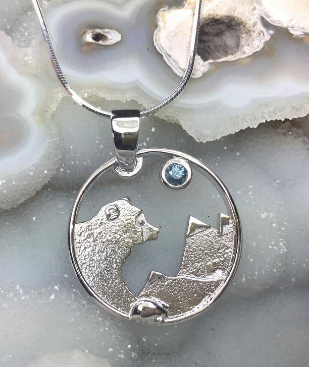 Montana Sapphire Bear Mountain Pendant 925 Sterling Silver