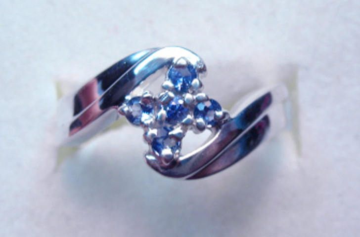Montana Yogo Sapphire 5 Stone Flower Bypass Ring Sterling Silver