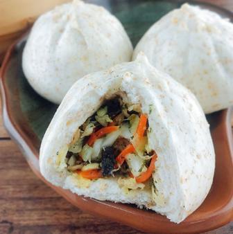 Whole Wheat Cabbage Steamed Buns (6pcs) 全麥高麗菜包