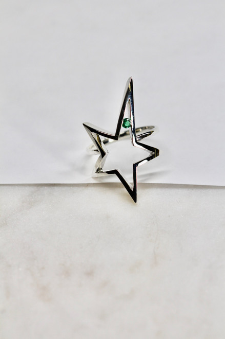 Gorgeous handmade star emerald sterling silver ring