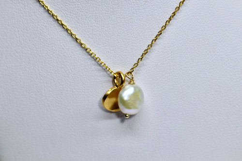 14K Yellow Gold Pearl Hammered Disc Pendant