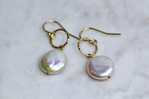 14K Yellow Gold Pearl Earring