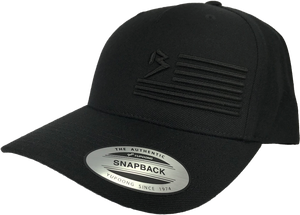 B FLAG 5 PANEL PREMIUM CURVED BILL SNAPBACK BLACKED OUT