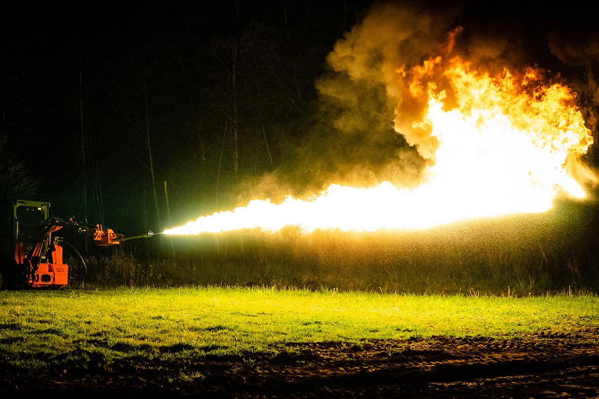eterra-flamethrower-1.jpg