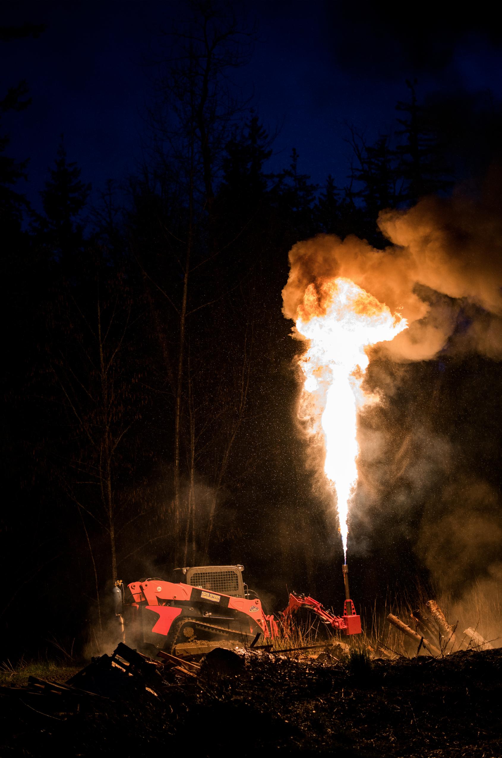 fire-flames-flamethrower-eterra.png