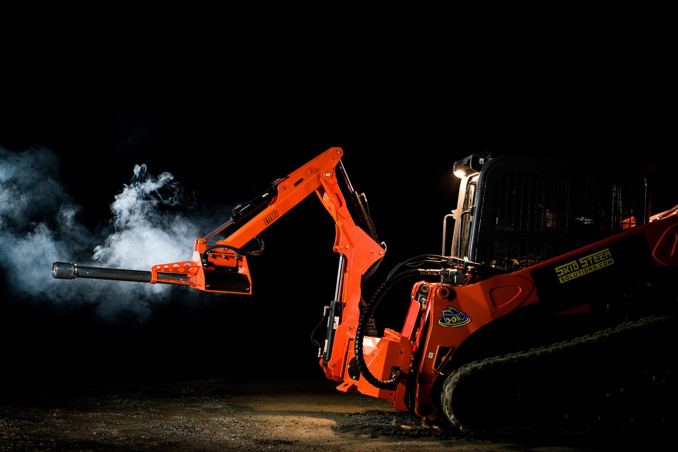 flamethrower-raptor-boom-arm-mounted-eterra.jpg