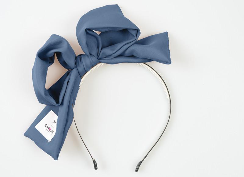 Signature Present Bow