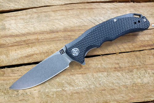 Artisan Cutlery: Tradition Liner Lock Knife Textured Black G-10