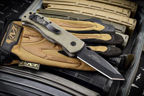 Ernest Emerson CQC-7B  Right Hand Grind - Green Canvas Micarta - Black Blade & Hardware w/ Steel Flame Koi