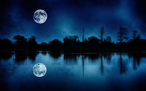 Full Moon Floating