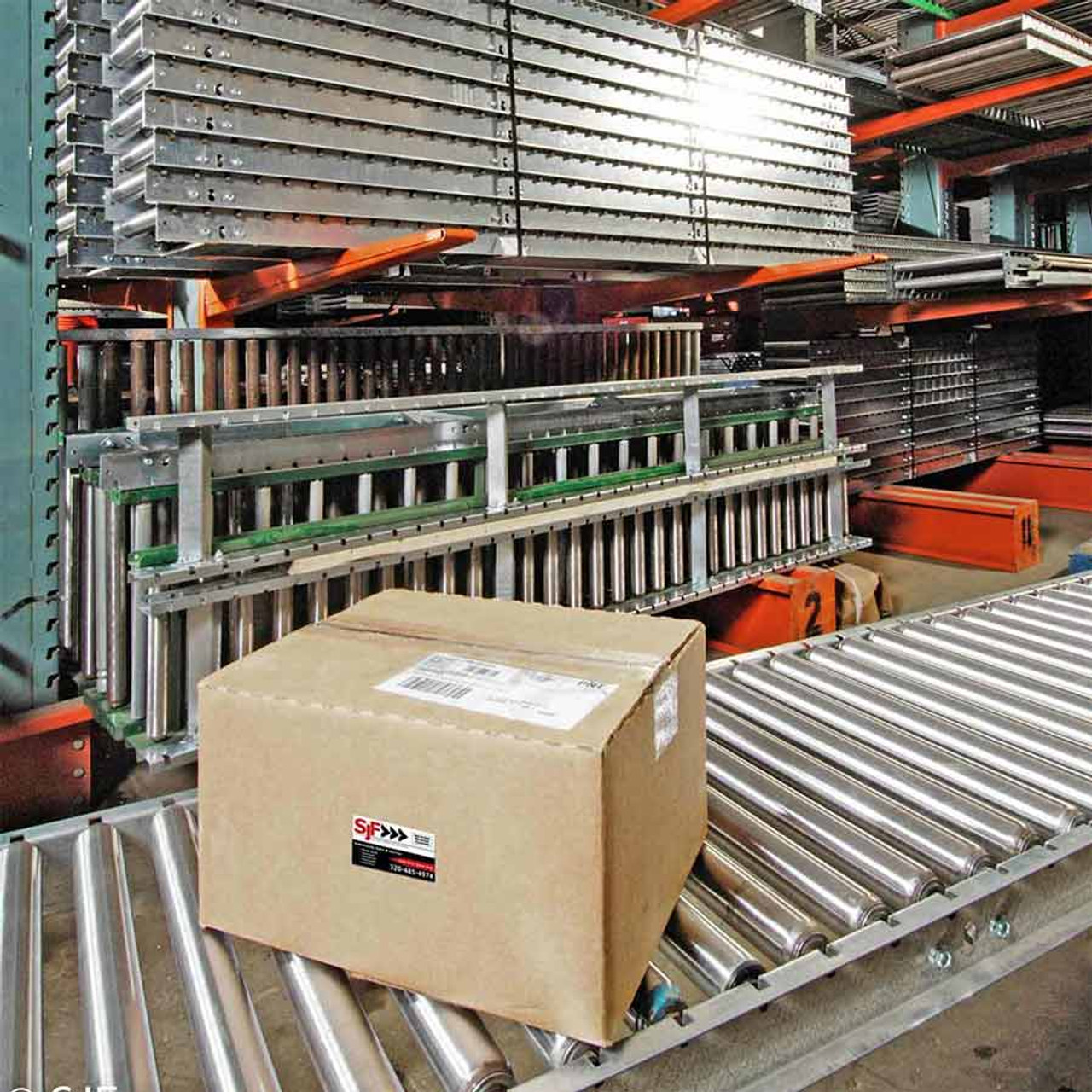 Example of a package traveling on gravity roller conveyor