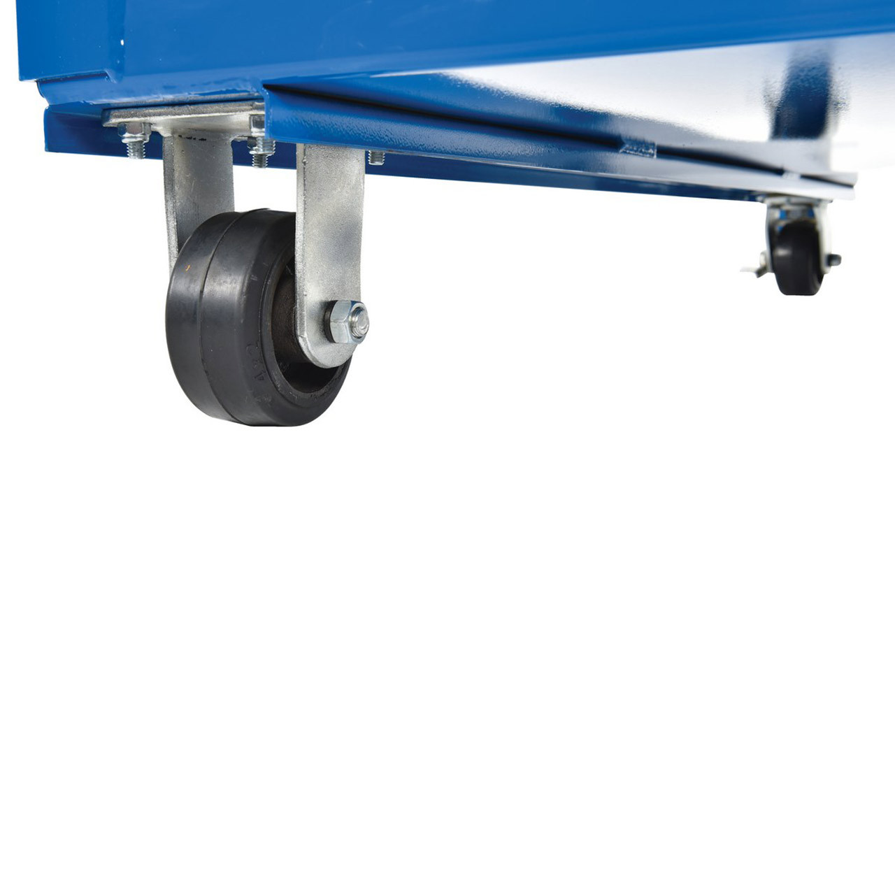 Hi-Frame Stockpicker Cart Wheel Close Up