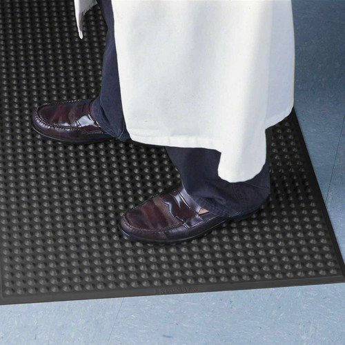 Nitril ESD matting works well when ergonomics and static control is required