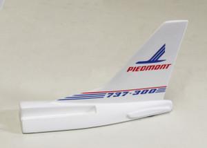 PIEDMONT B737-300 Tail Card Holder