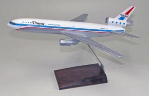 United DC-10 Friendship 2