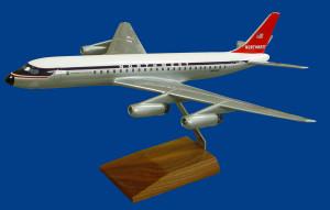 Northwest Orient DC-8-32
