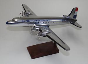 KLM DC-4