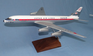 Japan Airlines DC-8-62