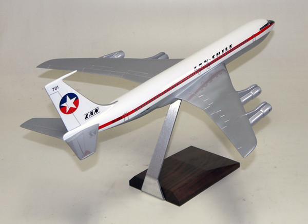 LAN Chile B707-330B