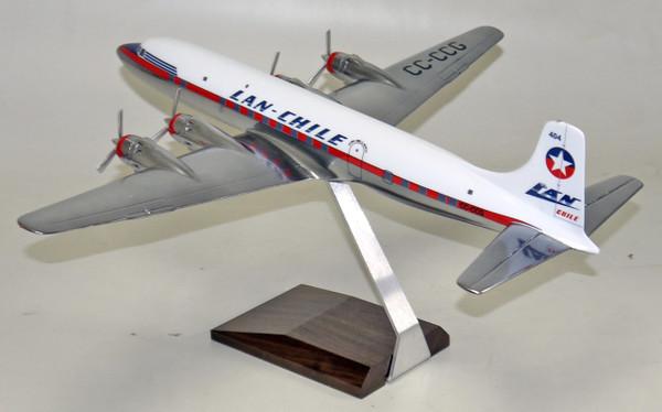 LAN Chile DC-6