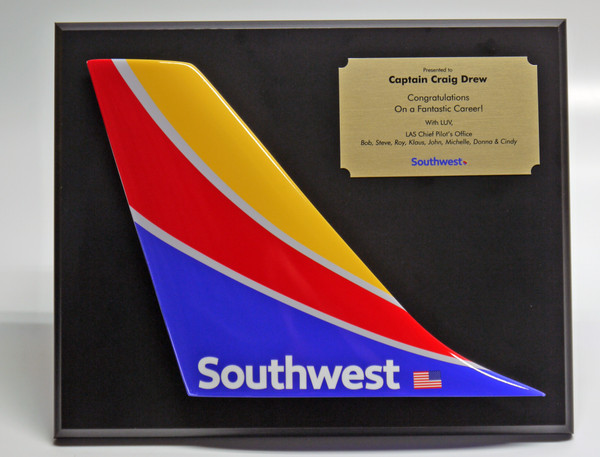 SW Tail plaque on OPTIONAL black board mount with brass dedication plaque