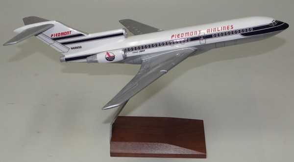Piedmont B727-100 (Dark Blue)