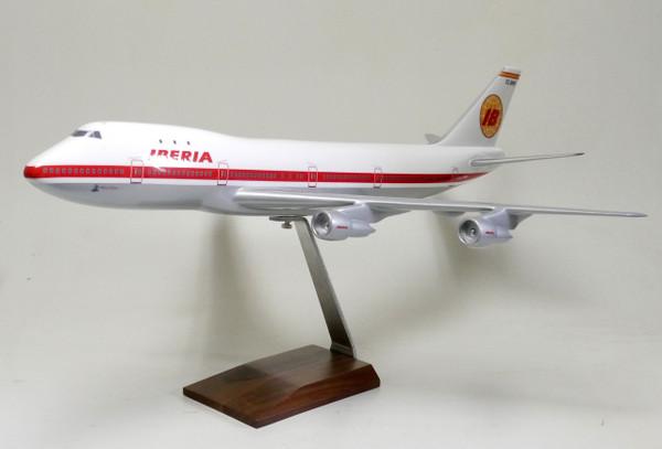Iberia B747-100