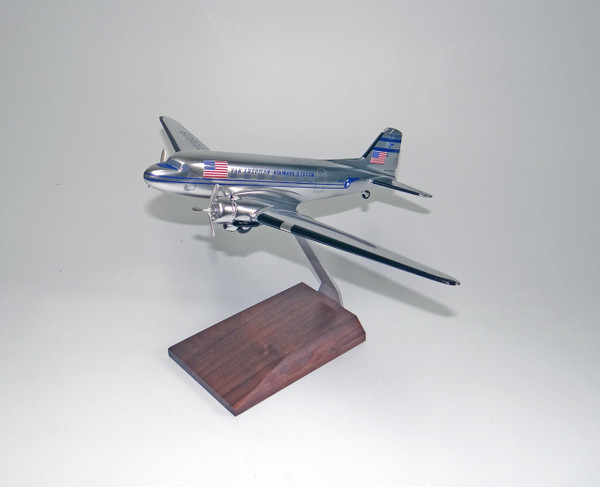 PanAm DC-3 Chrome