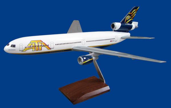 ATA DC-10 (White)