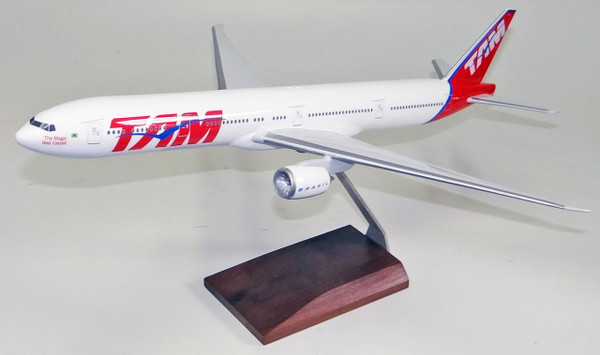 TAM B777-300