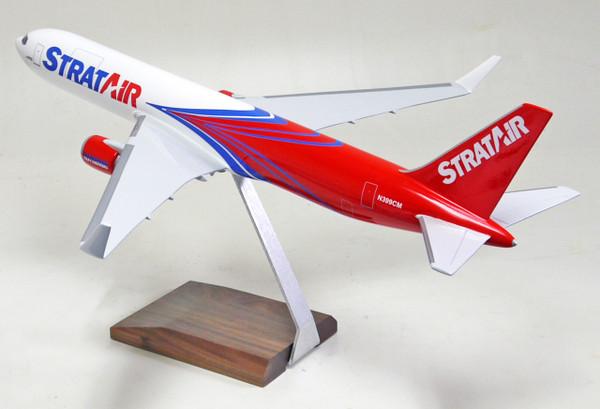 Strat Air B767-300