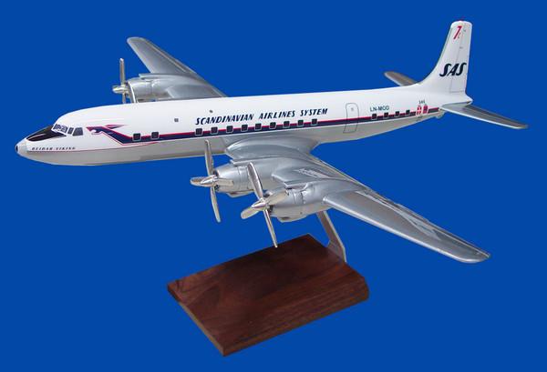 SAS DC-7-C