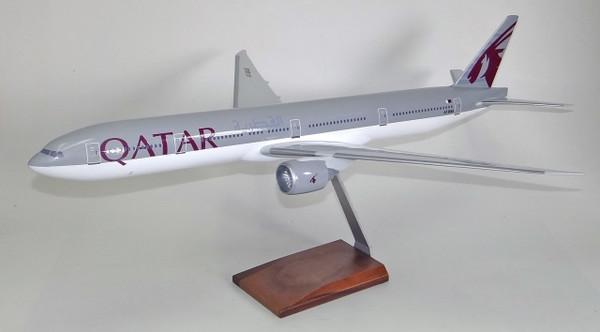 Qatar B777-300