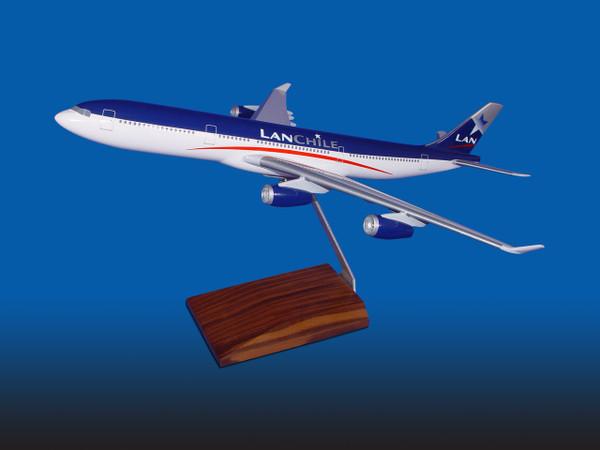Lan A340-300 (O/C)