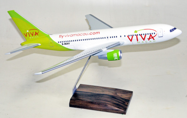 Viva Macau B767-200 1/100
