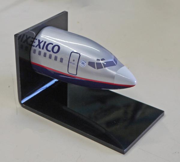 AeroMexico Desk Nose