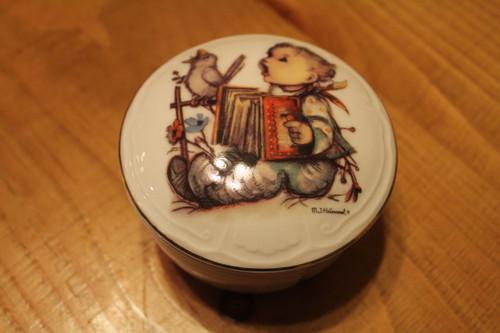 M.J. Hummel Porcelain Trinket Box 'Let's Sing'