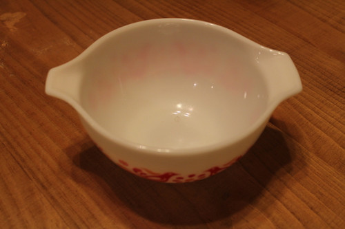 Vintage Pyrex 1 1/2 PT Mixing Bowl - Milk Glass with Friendship Red Birds and Orange Flowers