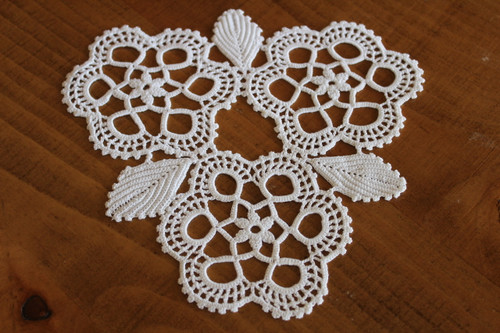 Vintage White Triangle Lace Doily for Embellishment or Trim