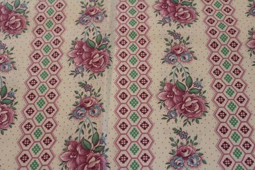 European Cotton Pontilism Design Pillow Shams.  Set of two shams