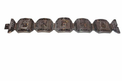 Front view of Bracelet